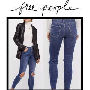 NWT Free People Distressed Skinny Jean in Indigo
